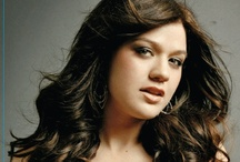 Kelly Clarkson / by Sony Music