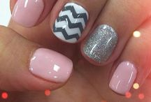 Nails Nails Nails / by Laura Schwartz