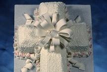 4 - Cakes: Baptism/Christening/Holy Cakes / by Paula Rodrigues