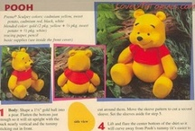25 - Cakes: Winnie the Pooh / by Paula Rodrigues