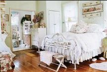 country living bedrooms / by Kim Alberts