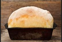 Bread Basket / Bread and Cracker recipes / by Robin Nieto