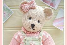 Crochet: Animals & Friends / by Patti Stuart
