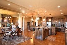Gorgeous Kitchens / by Real Estate Weekly - Barrie Advance