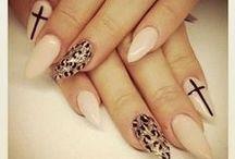 Nails! / by Savannah Molina