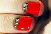 nail polish I'm loving / by Lara Matos