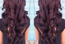 Hair / Long and luscious  / by Courteneay Decker