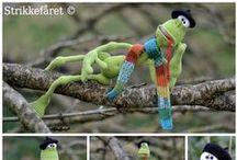 Frog Kvak Crochet Pattern Projects LittleOwlsHut Amigurumi / Projects made using LittleOwlsHut Frog Kvak Crochet Pattern / by LittleOwlsHut
