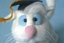 Clever Cat with hat and tie crochet pattern / by LittleOwlsHut