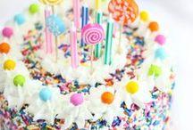 Foodie:  Cakes, Cookies and Cupcakes / by Alexis Kohler