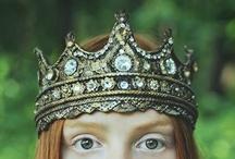 Crowns / by Tejae Floyde