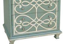 Painted furniture / by Elizabeth Rhodes