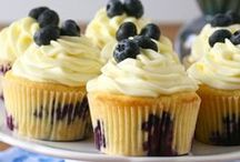 Food: Cupcakes / by Laurie @ Gallamore West