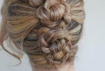 Hair Styles - Women / by Tara Carpenter