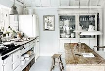 Kitchen / by Maria Paul