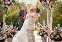 LOVE And Weddings<3 / by Shalisa Goodman