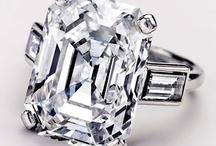 Be-jeweled / by Cynthia Pronovost