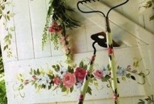 Cozy Country Home / by Stephanie Loves Pinterest