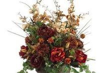 Floral Arrangements / by Lynda Lapine