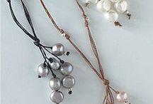 DIY Jewelry / by Lynda Lapine