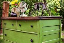 let's paint furniture / by Kellene Ellexson