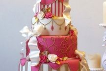 Beautiful Cakes / So beautiful and I bet yummy!  / by Barbara Burr