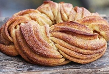 Baking (sweet) / by Paula H