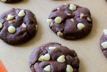 Cookies/Brownie/Bars/Truffles / by Jennifer S