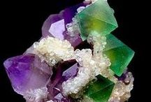 Almostly MINERALS, just love 'em! / by Carolyn Ann Maxwell