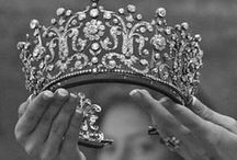 Crowns and Tiaras / by Cara Hartley