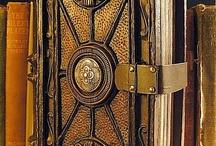 LIBROS Y BIBLIOTECAS / El mundo del libro y todo lo que tiene ver con este maravilloso objeto... / by Francisco Alberto Beltranchini Miranda