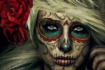 MAKEUP ARTIST / Makeup / by Chelsey Weirich