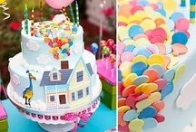 Cakes, Cupcakes, and Cakepops / Inspiration board / by Stephanie