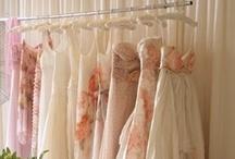 Dresses & Gowns  / by Jill Peña
