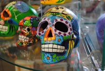 los dias de los muertos / all things DAY OF THE DEAD - this is such a beautiful custom ! / by Melanie McClung