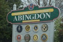 Eat, relax, adventure,& art in Abingdon, VA / Amazing gem of a small southern town. Lots of great art, historical, and outdoor adventure. Tons of local southern and gourmet food.   And don't forget the local wineries and breweries!!! And the historical state theater!!!! / by Lynn Brown