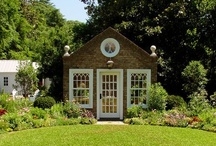 A playhouse for the not quite grownup / by Mona Bowen