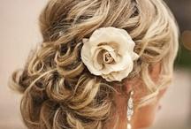 Hair Styles / by Cassie Glendenning