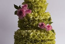 More Wedding Cakes / by Diane Hull