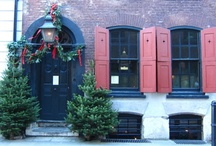 interiors: christmas / by Sally Osborne