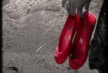 Shoes / by Cheyenne Knepp
