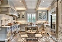 Kitchens / by Di 💋
