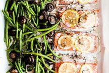 Food & Drinks / by Heather Heyboer