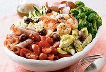 Soups , Salads  & Veggies / by Anita Lopez