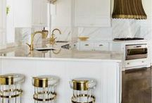 Kitchens / Inspirations for my soon-to-be newly remodeled kitchen. / by Danielle Sigwalt