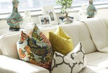 Apartment Therapy | Living Rooms / by Laura Jones