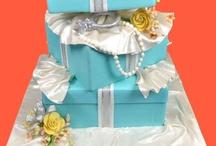 Bridal Shower | Bridal Shower Decor / bridal shower ideas, bridal shower games, bridal shower themes, bridal shower decor, party decor, gifts for the bride, bridal shower games, bridal shower decoration ideas, bridal shower menu,  bridal shower gift ideas, bridal shower ideas themes, bridal shower favors / by Shaadi Bazaar