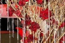 Red, burgundy & maroon Decor / by Shaadi Bazaar