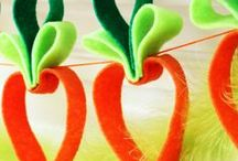Easter / Delightful holiday décor, so easy and fun to make! / by Billie Skandaliaris