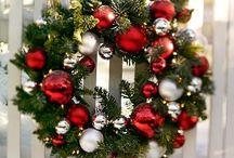 Wreaths / by Cindy Pearson